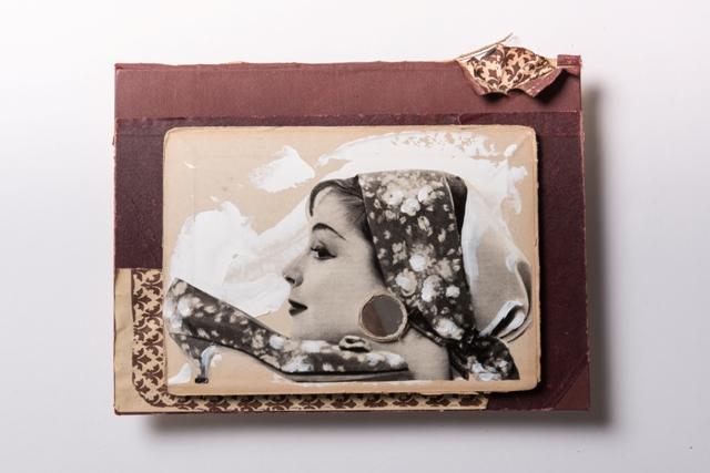 Fiore, 2018, copertina libro 1960 magazine 1960, acrilico, specchio, carta fiorentina 1960, cm 40x32