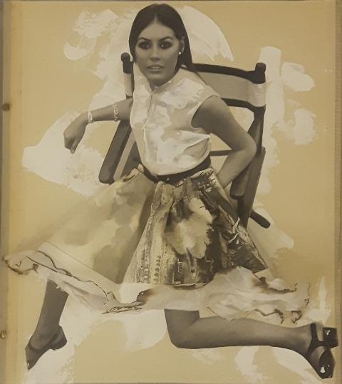 Summer, 2017, copertina di porta fascicoli di proprietà di un avvocato fiorentino 1930, collage rivista di moda 1960, colori acrilici, stampa antica francese, carta velina, fuoco, cm 38x38