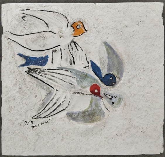 """Colombes"" 1927, gesso dipinto in dodici esemplari diversi, cm. 21x23"